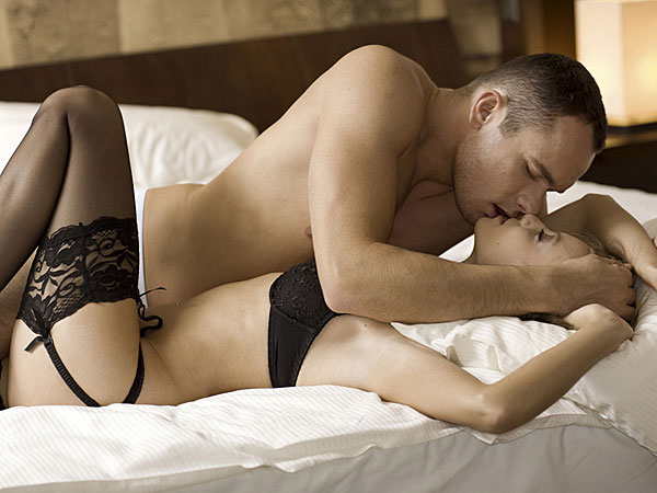 Sensuous Zones To Kiss: Kiss Day Special